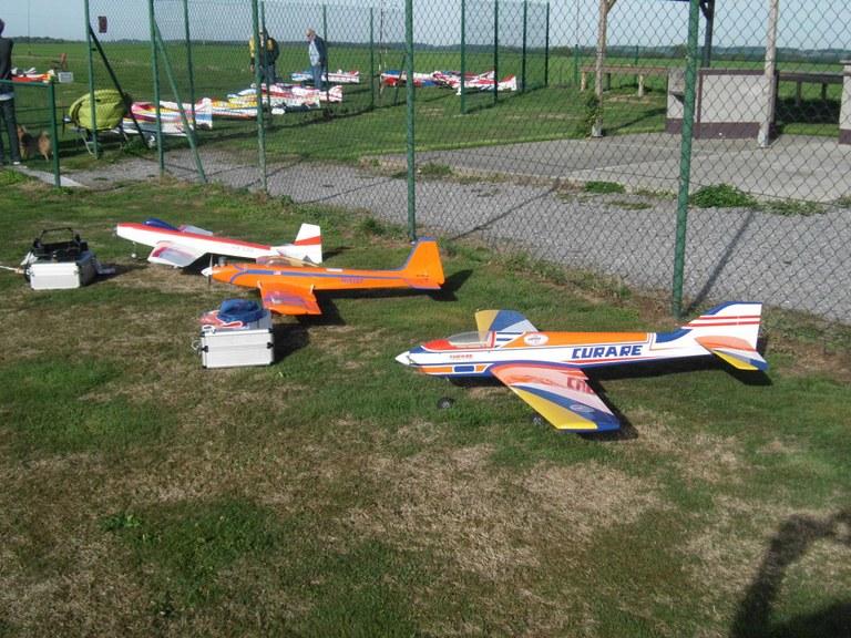 3 avions Vintage modernes